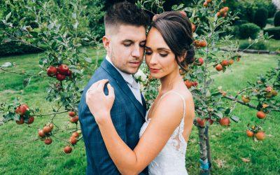 Kirsty & David – The Manor Barn – Wiltshire Wedding