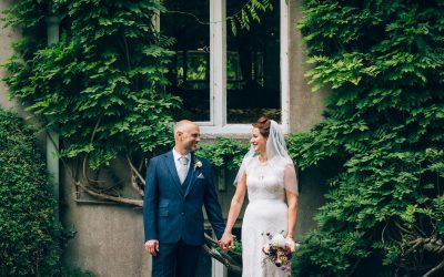 E&J – Salisbury Medieval Hall Wedding Previews